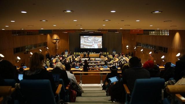 Bahai Uluslararası Toplumu'na göre yoksulluğun ortadan kaldırılması ancak yapısal dönüşümle mümkün olabilir - 02