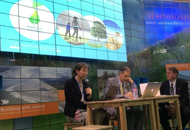 COP21'de Bahailer birliğe doğru hareket görüyor - 02