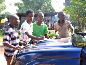 Gençlik konferansı Orta Afrika Cumhuriyeti'nde umudu ve hareketi canlandırdı - 05