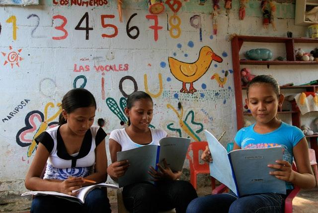 Kolombiyalı Bahailer barış için açık mektup yayınlıyor - 02