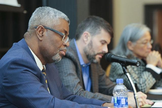 Küresel barışa doğru: Bahai Kürsüsü, önde gelen uzmanları bir araya getiriyor - 03