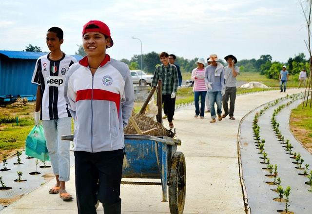 Mabet, gelecek için ekim yapma konusunda çocuk ve gençlere ilham vermektedir - 07