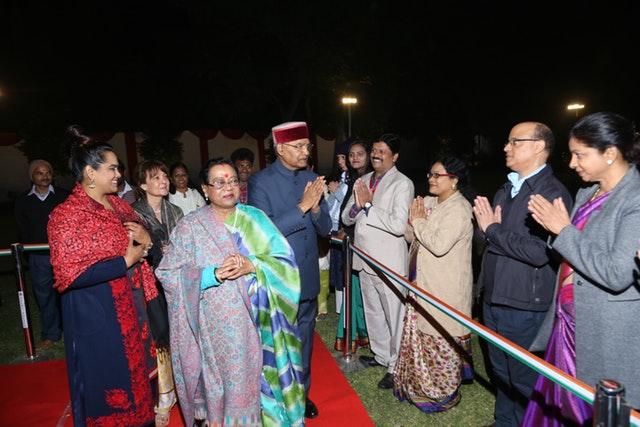Hindistan'ın başkanı Hz. Bab'ın tarihi iki yüzüncü doğum gününü onurlandırdı - 01