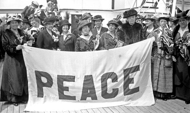 Hz. Abdülbaha'nın birinci Lahey Levhi'ndeki barış çağrısı yüzüncü yılında anılıyor - 01