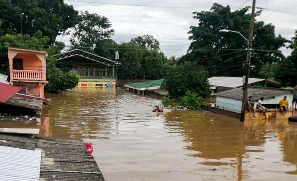 Honduras'ın Kasırga Felaketi Karşısında Sergilediği Dirençlilik