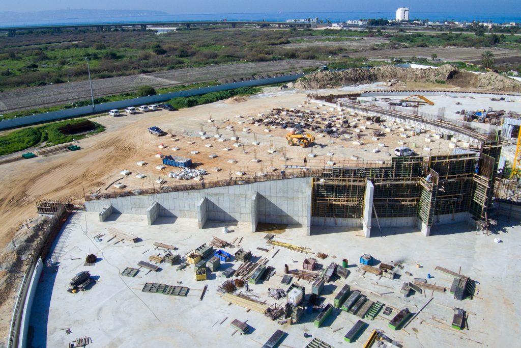 Hz. Abdülbaha'nın Makamı: Merkezi Yapının Duvarlarını Yükseltmek İçin Atılan İlk Adımlar
